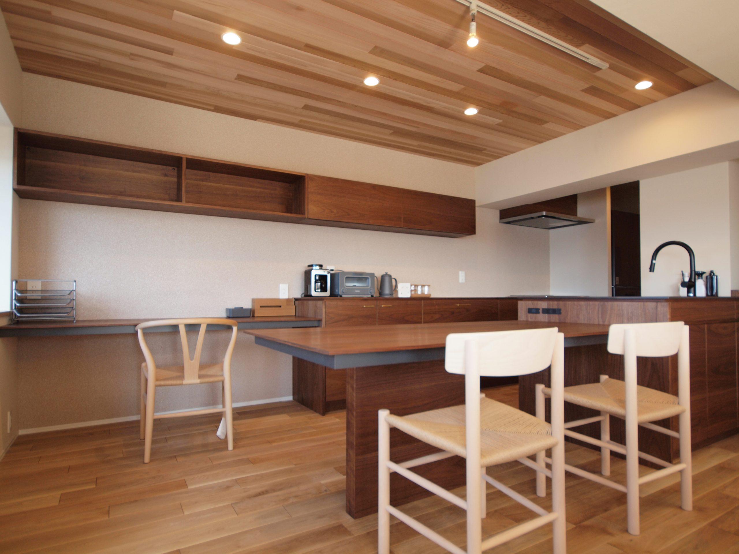 リノベーション施工案件: オーダーメイドキッチン・北欧家具・PB060320 | CRAFT WORKS. | 株式会社CWT | クラフトワークス | 新築、店舗、住宅、マンションのリフォームとリノベーション | Residential renovation | 福岡県北九州市