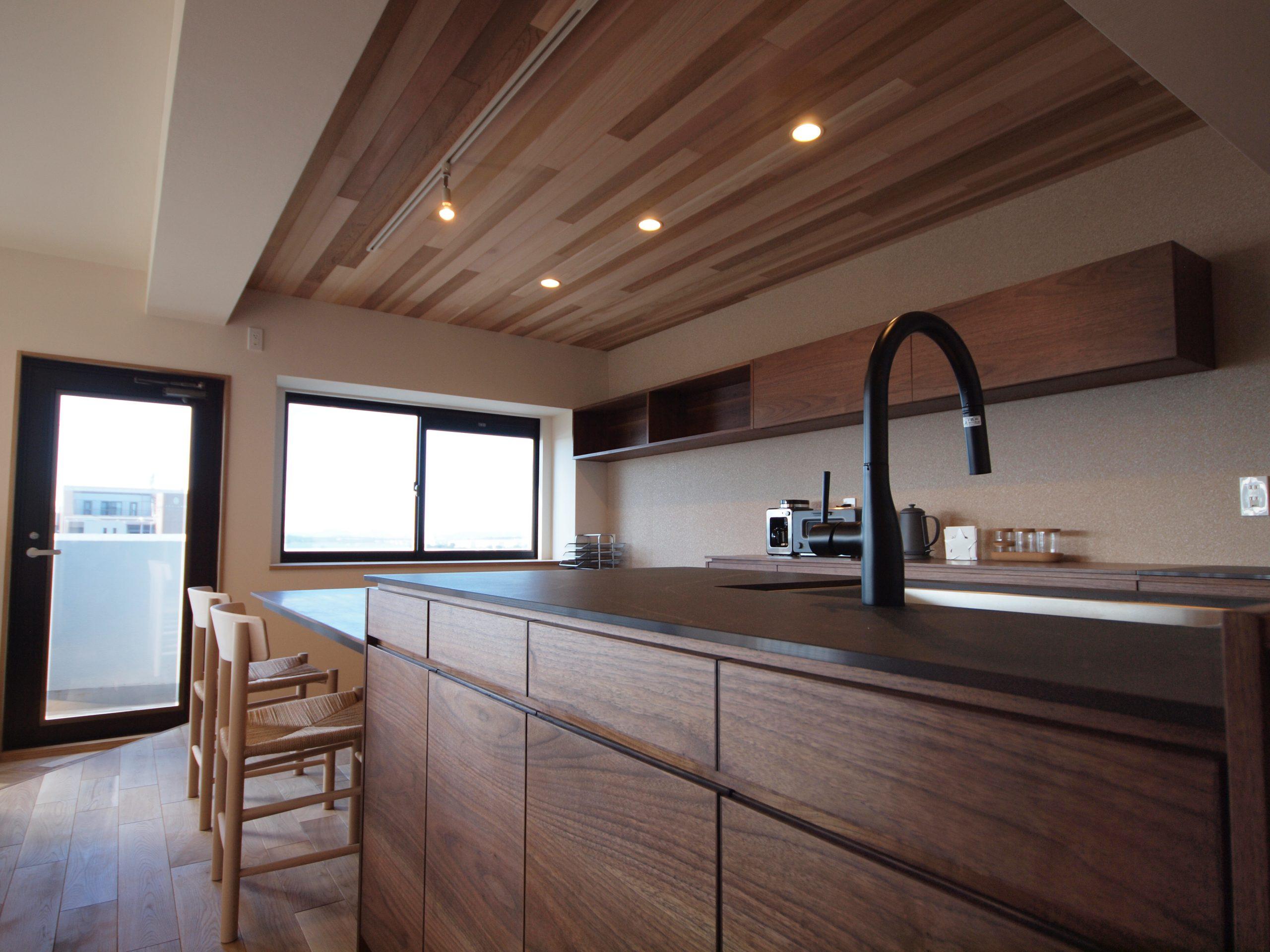 リノベーション施工案件: オーダーメイドキッチン・北欧家具・PB060330 | CRAFT WORKS. | 株式会社CWT | クラフトワークス | 新築、店舗、住宅、マンションのリフォームとリノベーション | Residential renovation | 福岡県北九州市